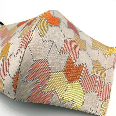 M 西陣織 金襴 絹織物 マスク 白地 矢つなぎ紋様 A