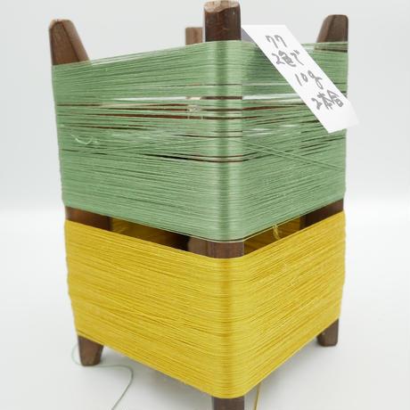 国産絹糸 江州だるま糸 西陣織で使われている手機用緯糸 木枠付き no.77
