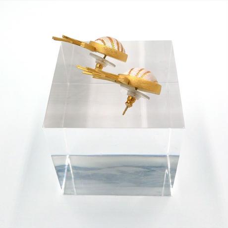 〈尊 MICOTO〉 ピアス18 SPUTNIK 水紋ゆらぎ紋様 白地桃金