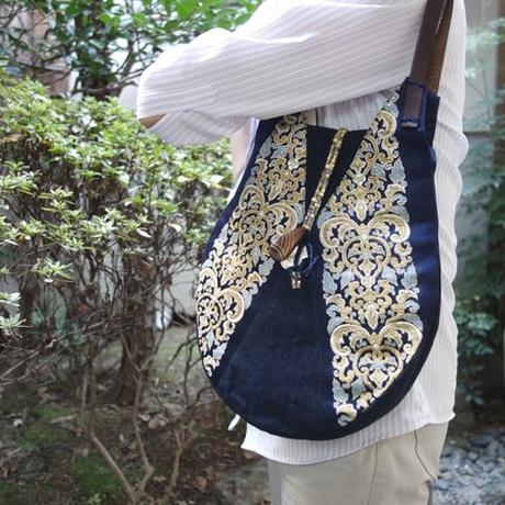 世界に一点だけ 西陣金襴 正絹 王子唐草華紋紋様 ショルダーバッグ