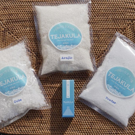 迷ったらこれ!あらじお/ピラミッドソルト/パウダ-/キューブ TEJAKULA  SALT お塩お試しセット 4点入り(クリックポスト専用パッケージが登場!更にお求め安くなりました)5%オフ