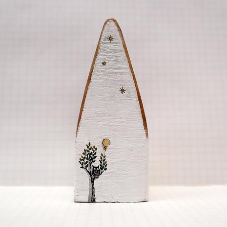 【奥田千珠】 白い家(S-133)