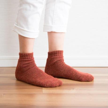 蒸れずに温かい 底パイルふわふわ靴下  杢オレンジ_SO002-OR