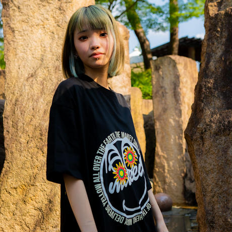 """Original """"MAKEY SMILEY""""  Big silhouette T-shirts 【Front style】"""