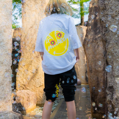 """【Back style】Yellow """"MAKEY SMILEY"""" Big silhouette T-shirts /【White】"""