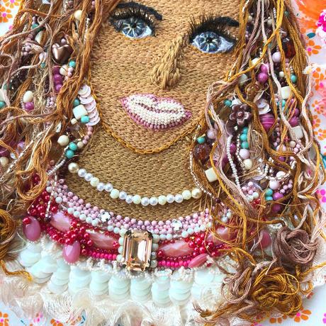 ビーズ 刺繍アート  La vie avec couleur  彩りのある人生