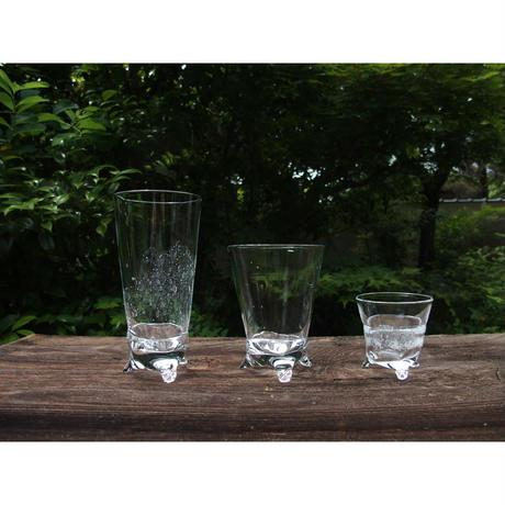 三ツ足 グラス