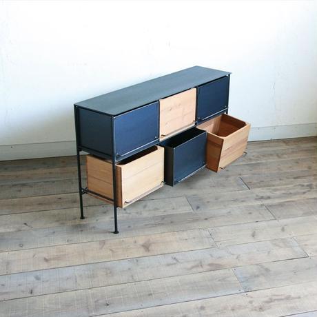 アイアンと木箱のチェスト 3列 2段