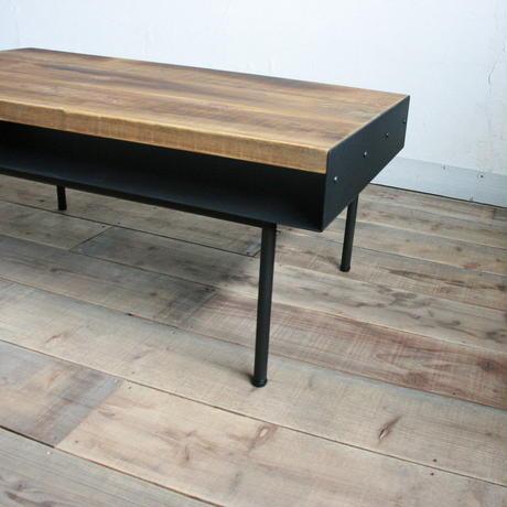 国産杉板とアイアンのローテーブル