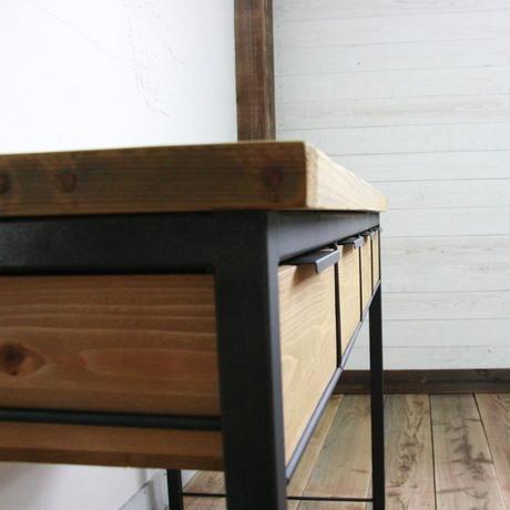 引き出し付き作業テーブル