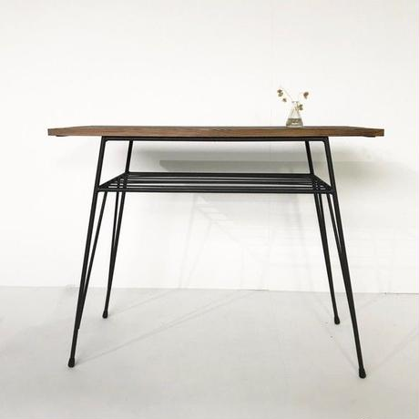 アンティーク風 アイアンのテーブル