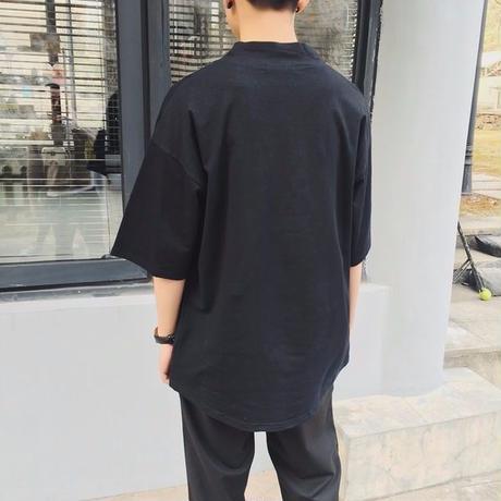 Vネック ルーズTシャツ
