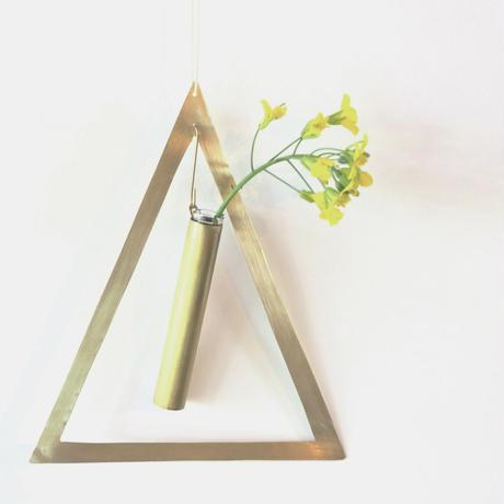 brassflowervase  triangle