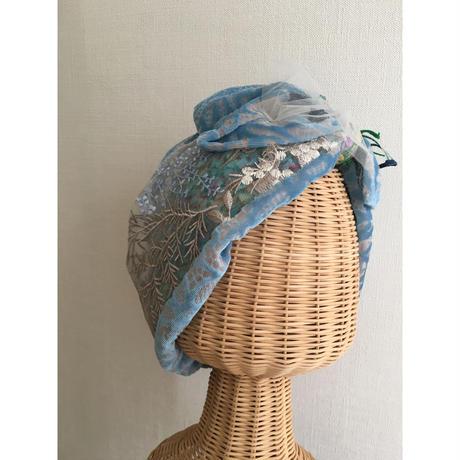 Botanical motif embroidery/Blue