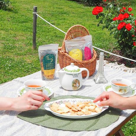 フェリシェッタ有機紅茶ダージリン&グルテンフリー4種類・小麦のビスケット3種類 各1個