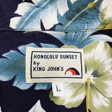 メンズ古着 HONOLULU SUNSET by KING JOHN'S アロハシャツ[155]