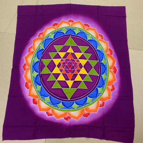 瞑想の布【バリ島名産】シュリヤントラ