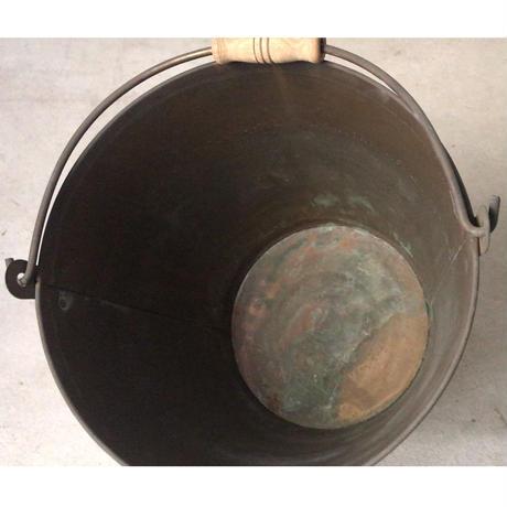 銅のバケツ   持ち手=木製    昭和中期   ヴィンテージバケツ