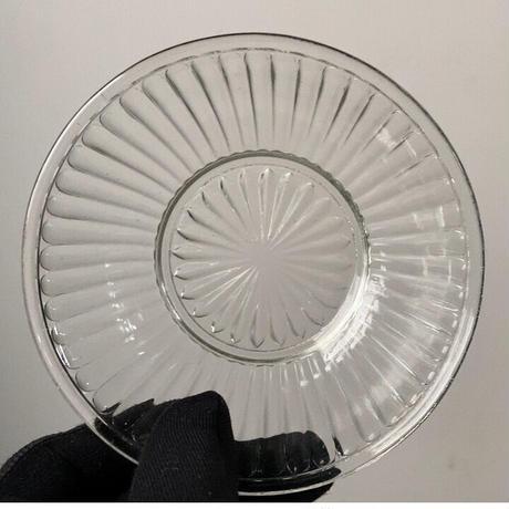 ヴィンテージ ガラス器 昭和初期 菊紋様 深皿 小鉢 古いガラス器 ゆらゆら気泡硝子 完品  ※3点ございます。