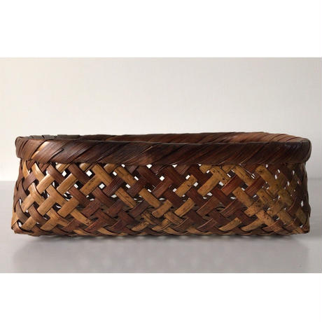 アンティーク 竹かご     頑丈な民藝籠  伝統工芸 手仕事 万能籠 古道具