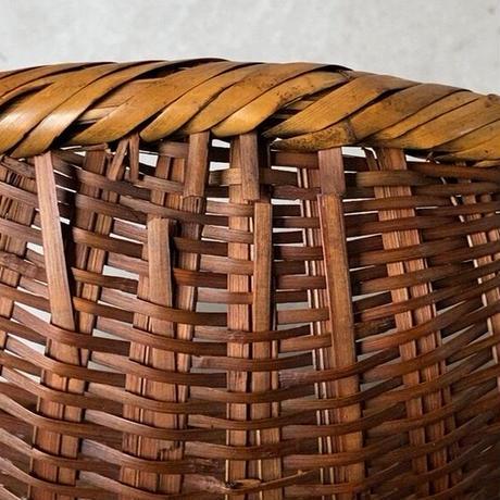 古い片口ざる籠  口が切れていない雫型のカゴ 米研ぎ笊 ヴィンテージクラフト