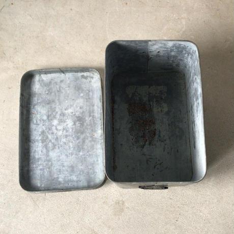 ヴィンテージ  蓋付き ブリキ缶 箱  米櫃  当時の紙札あり 保存ケース  道具箱  アンティークスチール ボックス