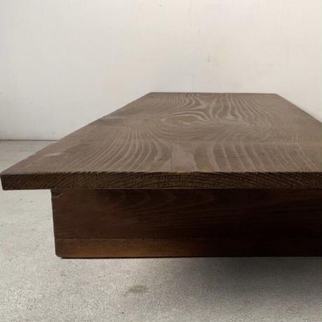 B. 杉一枚板天板 無垢材 木製飾り台 古い調理台 古材木工品 旧家蔵出し品 蟻形包みほぞ継脚