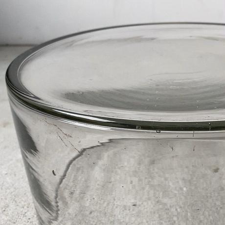 アンティーク ガラス器  桶型メダカ鉢   古い円柱型口摺水槽  昭和初期. ゆらゆら気泡硝子  無色透明  鉛色 デッドストック品