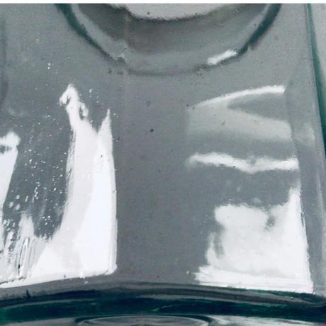 アンティーク ガラスポット 気泡 ゆらゆら 硝子 面取 プレス 蓋付き キャンディポット コーヒー豆瓶 保存瓶 昭和の古いガラス瓶 made in Japan