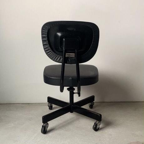 アイコ株式会社製 古いスチールワークチェア ヴィンテージ黒い事務椅子  美エイジング 古い事務椅子 程良い古さ シンプルデザイン made in japan