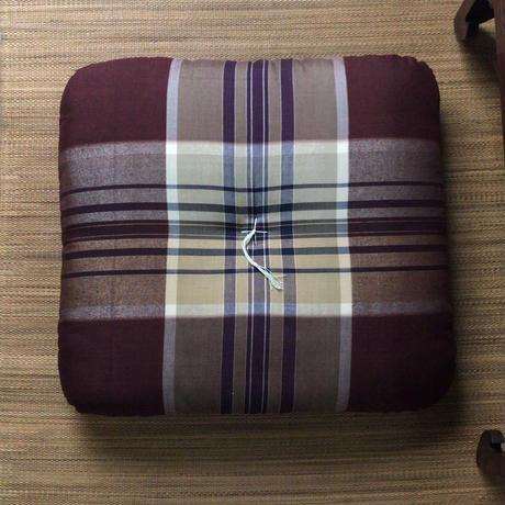 松坂屋 昭和中期の高級綿座布団  マドラスチェック デッドストック