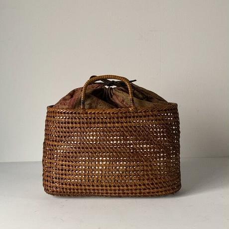 古い籐巻きの煎茶籠 中間サイズ 30cm  更紗あり  ヴィンテージカゴバッグ ほぼ 完品
