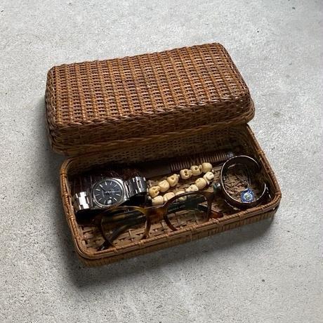 古い籐編みの平箱   茶道具 ペンケース 道具箱 古道具 古民藝 工芸品 ヴィンテージクラフト