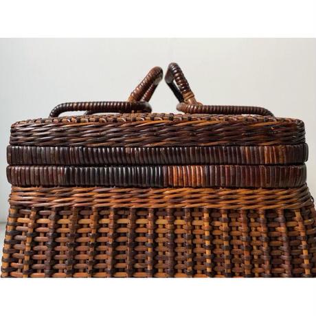 ヴィンテージ ピクニック バスケット  色見最高 黒輝 古い編みかご 籐編み煎茶籠 ハンドルフック カゴバッグ