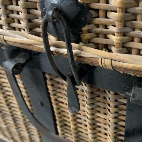 竹編の古い衣装ケース 江戸〜明治期  蓋・トレー・本体…全て編まれた古籠  完品