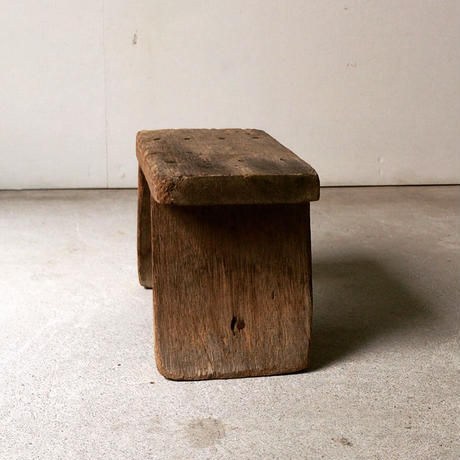 アンティーク木製作業椅子(スツール) 踏み台・花台・店舗備品・撮影小物