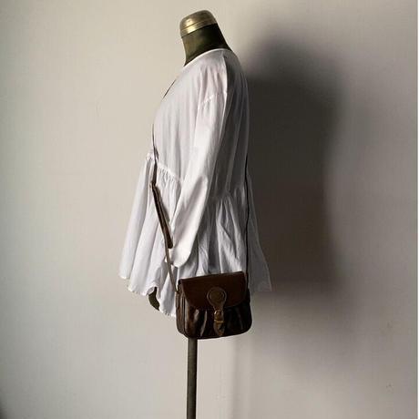 VALENTINO オールドヴァレンチノのミニミニショルダーバッグ  幅約17cmの小さめポシェット ヴィンテージバレンチノ