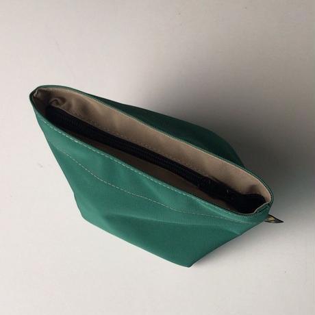 Herve Chapelier エルベシャプリエ  927N  グリーン/グレージュ  ナイロン舟型ポーチM コスメ 化粧ポーチ 中古品