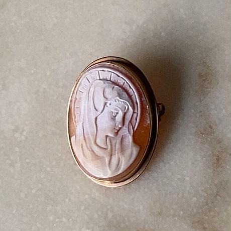 ヴィンテージ カメオ ミニサイズ 天地33mm 3.6g ネックレストップ ブローチ ピンバッジ K18? マリア肖像 モチーフ