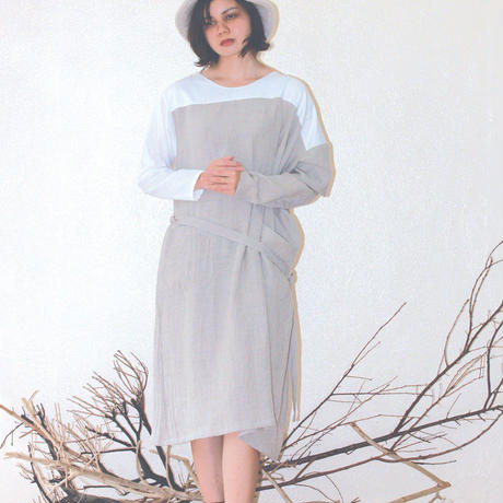 asymmetry fuyuniwa dress / khaki