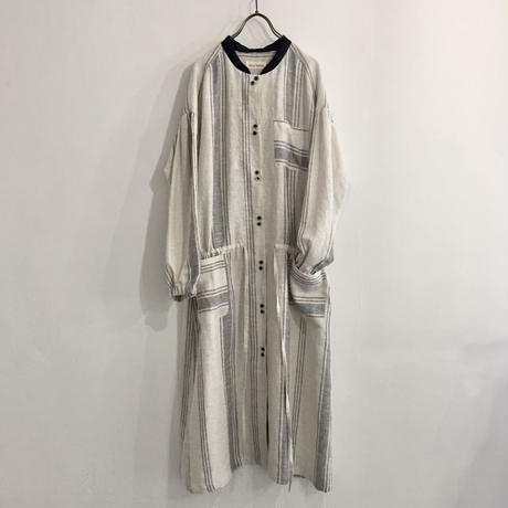 wide gather dress / white stripe