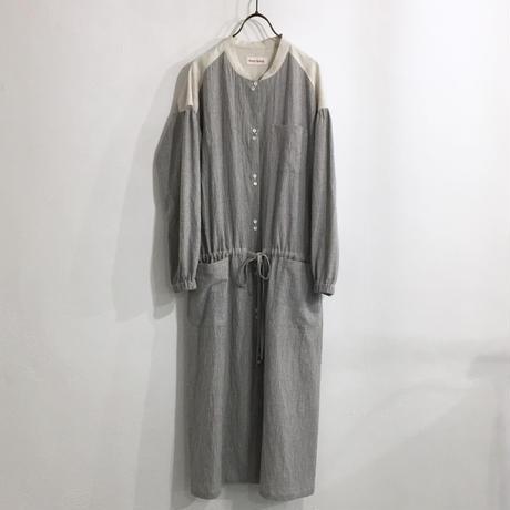 wide gather dress / navy stripe