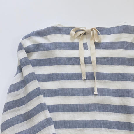 back ribbon top (blue stripe)