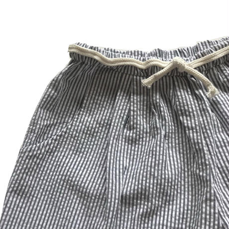 cropped pants - cotton seersucker stipes  white x black