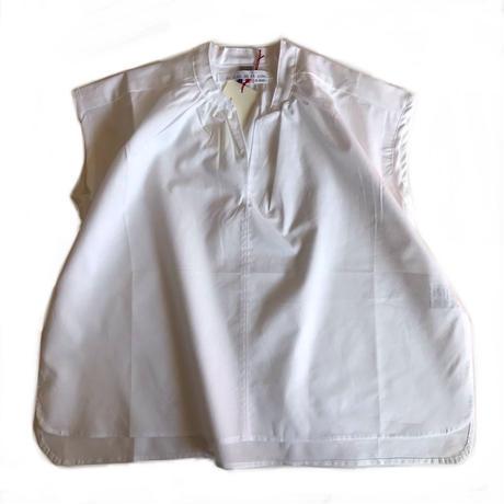 Sleeveless smock shirt