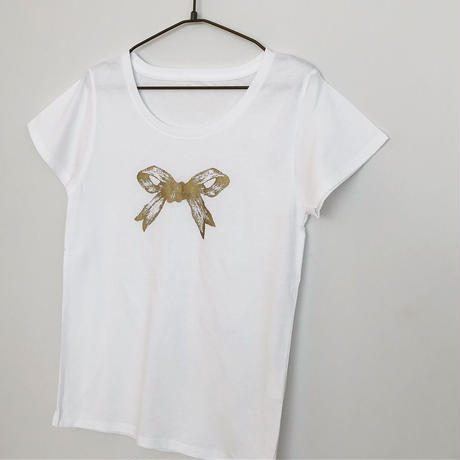 リボンのTシャツ(ゴールド)