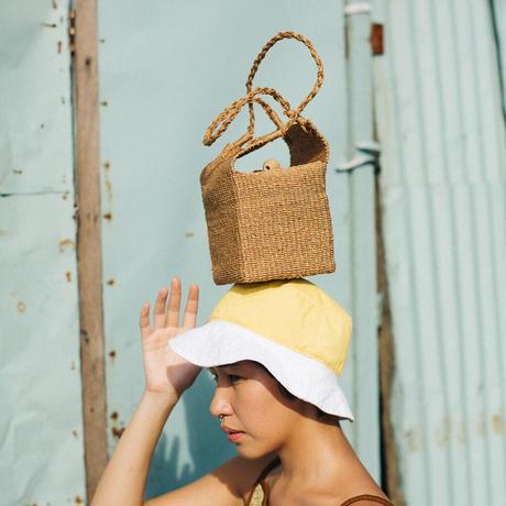 ANCAN // Kiwi Box Purse