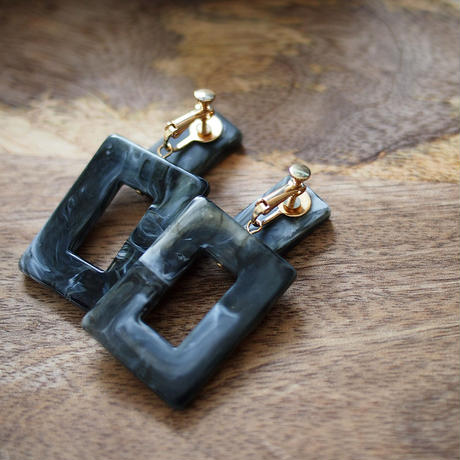 Tortoiseshell Square Earrings