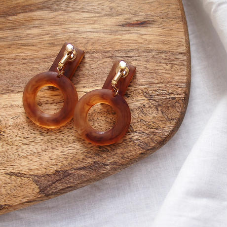 Tortoiseshell Circle Earrings