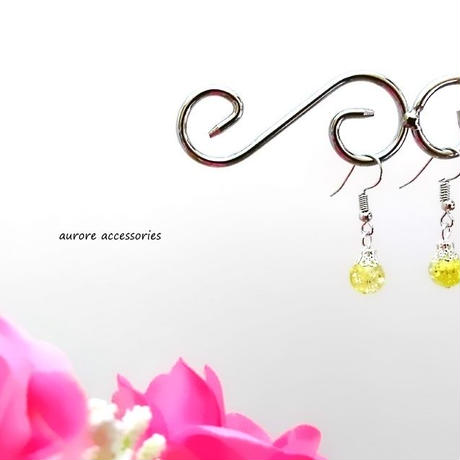 yellow pierced earrings クラックビーズのピアス イエロー 黄色